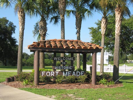 Fort Meade Welcome Sign